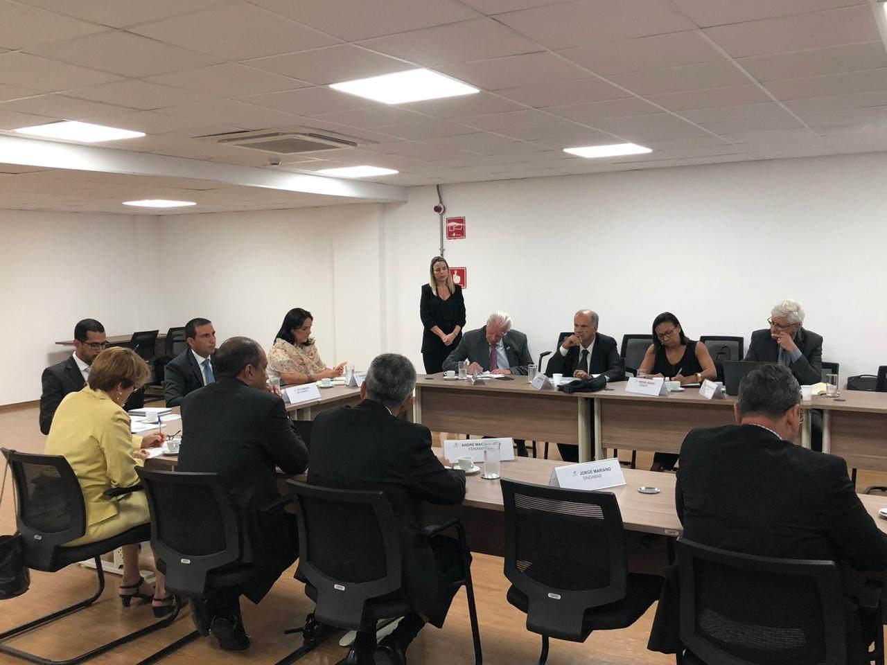 FENOP-participa-de-reunião-realizada-pela-Conaportos-3